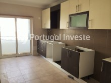 2 bedroom apartment, new, condo with pool and parking, in Albufeira, Algarve - Portugal Investe%4/8