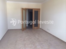 2 bedroom apartment, new, condo with pool and parking, in Albufeira, Algarve - Portugal Investe%6/8