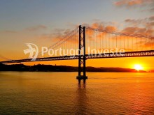 Quick accesses to April 25th Bridge, Villa 8 rooms, Lisbon - Portugal Investe%15/15