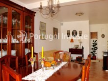Living room, Two bedrooms apartment, well preserved, 10 minutes away from Lisbon, Almada - Portugal Investe%2/12