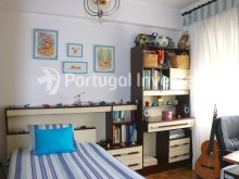 Bedroom 2, Two bedrooms apartment, well preserved, 10 minutes away from Lisbon, Almada - Portugal Investe%10/12