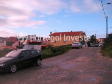 Plot for 3 floors villa, in Charneca da Caparica, 10 minutes away from Lisbon - Portugal Investe%8/9