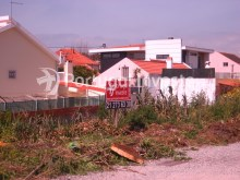 Plot for 3 floors villa, in Charneca da Caparica, 10 minutes away from Lisbon - Portugal Investe%3/9