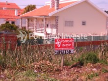 Plot for 3 floors villa, in Charneca da Caparica, 10 minutes away from Lisbon - Portugal Investe%7/9