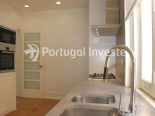 Kitchen, For sale excellent 3 bedrooms apartment, Lisbon Center - Portugal Investe%10/29
