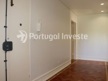 Hallway, For sale excellent 3 bedrooms apartment, Lisbon Center - Portugal Investe%12/29