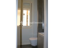 Service bathroom, For sale excellent 3 bedrooms apartment, Lisbon Center - Portugal Investe%14/29