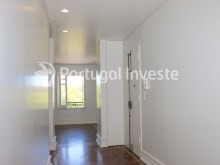 Hallway, For sale excellent 3 bedrooms apartment, Lisbon Center - Portugal Investe%13/29