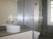 Master Suite wc, For sale excellent 3 bedrooms apartment, Lisbon Center - Portugal Investe%20/29
