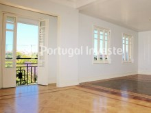 For sale excellent 3 bedrooms apartment, Lisbon Center - Portugal Investe%4/29