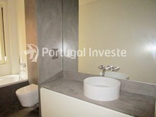 Wc Suite 2, For sale excellent 3 bedrooms apartment, Lisbon Center - Portugal Investe%24/29