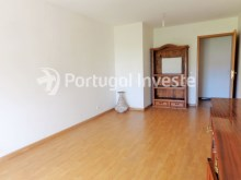 For sale 3 bedrooms apartment with parking, 5 minutes away from Lisbon - Portugal Investe%1/12