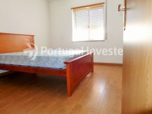 Bedroom 1, For sale 3 bedrooms apartment with parking, 5 minutes away from Lisbon - Portugal Investe%4/12