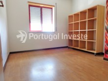 Bedroom 3, For sale 3 bedrooms apartment with parking, 5 minutes away from Lisbon - Portugal Investe%8/12