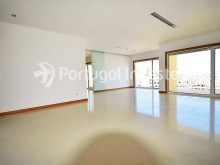 Garden Hill Condo, 1, 2, 2 Duplex and 3 Bedrooms Apartments - Portugal Investe%26/27