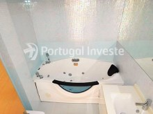Wc Suite, For sale 2 bedrooms duplex, new, condo with pool, Albufeira, Algarve - Portugal Investe%9/10