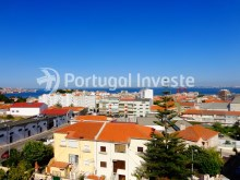 View, For sale 1+1 bedroom apartment, with river view, 10 minutes from Lisbon - Portugal Investe%12/12