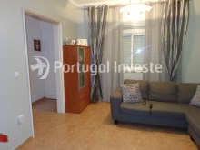 Living room, For sale 2 bedrooms villa, renewed, bakcyard with barbecue, Almada - Portugal Investe%2/16