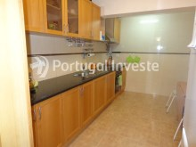 Kitchen, For sale 2 bedrooms villa, renewed, bakcyard with barbecue, Almada - Portugal Investe%4/16