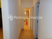 Hallway, For sale 2 bedrooms villa, renewed, bakcyard with barbecue, Almada - Portugal Investe%6/16