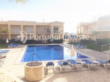 Pool, For sale one bedroom apartment, private condo, Albufeira - Portugal Investe%8/10