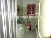 Bathroom, For sale 3 bedrooms apartment, just 15 minutes away from Lisbon - Portugal Investe%10/10