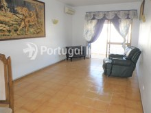 Living room, For sale 1+1 bedroom apartment, close to the beach, Albufeira downtown, Algarve - Portugal Investe%3/8