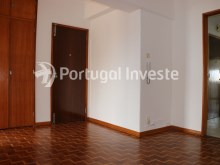 Hall, For sale 4 bedrooms apartment, view, 10 minutes from Lisbon, Almada - Portugal Investe%10/24