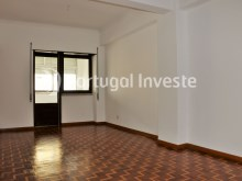 Living room, For sale 4 bedrooms apartment, view, 10 minutes from Lisbon, Almada - Portugal Investe%2/24