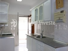 Kitchen, For sale 4 bedrooms apartment, view, 10 minutes from Lisbon, Almada - Portugal Investe%5/24