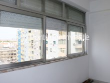 Closed balcony, For sale 4 bedrooms apartment, view, 10 minutes from Lisbon, Almada - Portugal Investe%7/24