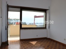 Bedroom 1, For sale 4 bedrooms apartment, view, 10 minutes from Lisbon, Almada - Portugal Investe%12/24