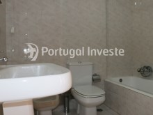 Wc 1, For sale 4 bedrooms apartment, view, 10 minutes from Lisbon, Almada - Portugal Investe%19/24