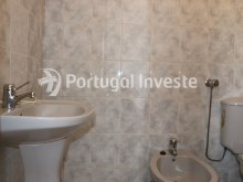 Wc suite, For sale 4 bedrooms apartment, view, 10 minutes from Lisbon, Almada - Portugal Investe%22/24