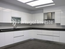 For sale divine 5 bedrooms duplex, new, 349 sq/m, historical building of Lisbon - Portugal Investe%6/36