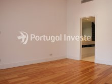 For sale divine 5 bedrooms duplex, new, 349 sq/m, historical building of Lisbon - Portugal Investe%9/36
