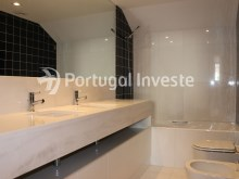 For sale divine 5 bedrooms duplex, new, 349 sq/m, historical building of Lisbon - Portugal Investe%13/36