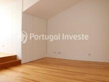 For sale divine 5 bedrooms duplex, new, 349 sq/m, historical building of Lisbon - Portugal Investe%14/36