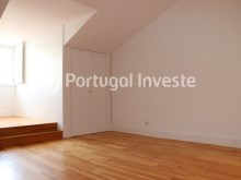 For sale divine 5 bedrooms duplex, new, 349 sq/m, historical building of Lisbon - Portugal Investe%15/36