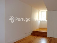 For sale divine 5 bedrooms duplex, new, 349 sq/m, historical building of Lisbon - Portugal Investe%21/36