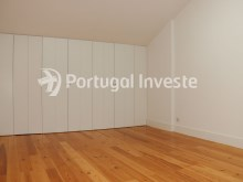 For sale divine 5 bedrooms duplex, new, 349 sq/m, historical building of Lisbon - Portugal Investe%24/36