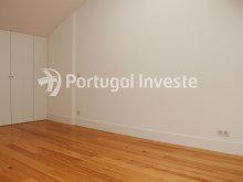 For sale divine 5 bedrooms duplex, new, 349 sq/m, historical building of Lisbon - Portugal Investe%27/36
