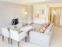 For sale 2 bedrooms apartment, garage and pool, Albufeira, Algarve - Portugal Investe%1/12