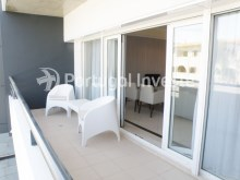 Balcony, For sale 2 bedrooms apartment, garage and pool, Albufeira, Algarve - Portugal Investe%3/12