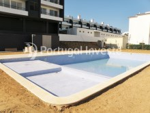 Pool, For sale 2 bedrooms apartment, garage and pool, Albufeira, Algarve - Portugal Investe%12/12