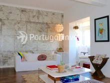 Living room, For sale 2 + 1 bedrooms apartment, river view, fully renewed, 15 minutes from Lisboa - Portugal Investe%2/18