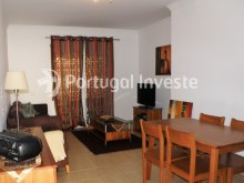 Living room, For sale 2 bedrooms apartment, condo with pool, 5 minutes from the beach, Albufeira, Algarve - Portugal Investe%4/14