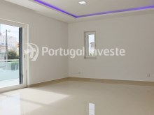 Living room, For sale 4 bedrooms villa, new, 10 minutes away from Lisbon - Portugal Investe%2/30