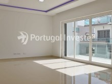 Living room, For sale 4 bedrooms villa, new, 10 minutes away from Lisbon - Portugal Investe%4/30
