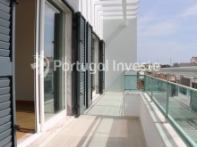Bedrooms balcony, For sale 4 bedrooms villa, new, 10 minutes away from Lisbon - Portugal Investe%28/30